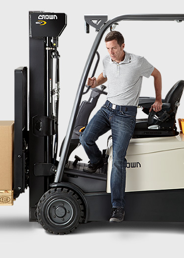 the SC forklift provides easy entry/exit