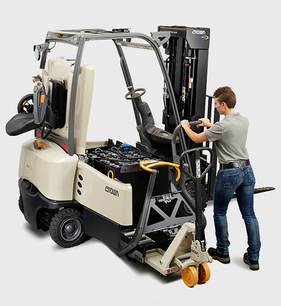 SC forklift with Crown's unique battery transfer system