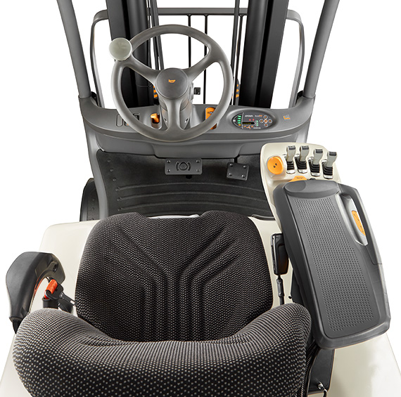 Sit Down Fork Lift Controls : Forklift truck fc series crown equipment corporation