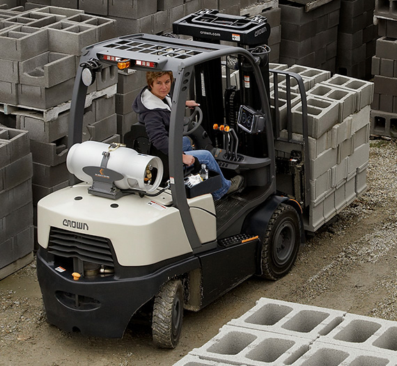 the gas forklift C-5 features the Intrinsic Stability System