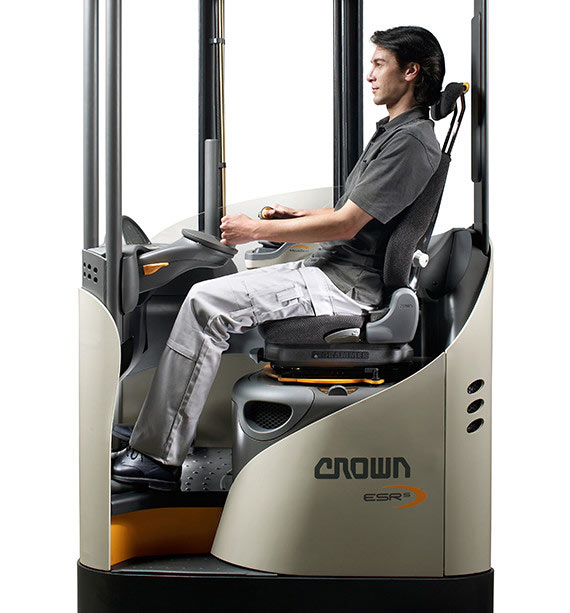 the ESR reach truck offers unsurpassed ergonomic advantages