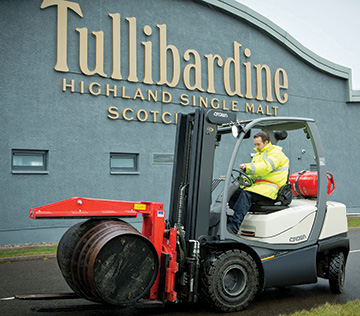 C-5 gas forklifts are the first choice for Tullibardine Distillery
