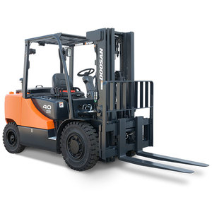 /content/dam/crown/images/products-page/forklifts-page/Doosan/it-d40-7.jpg