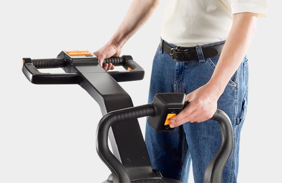 Operators can operate the PE series comfortably due to an ergonomic design
