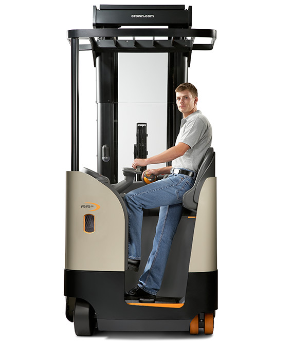 Operator riding side-stance on the RR/RD Series reach forklift