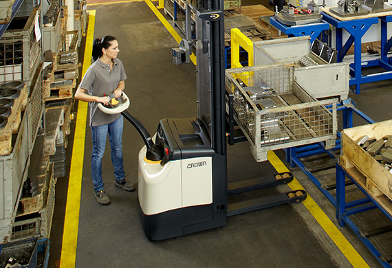 Crown's ES series walkie stacker in a manufacturing application