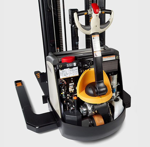 Internal components of the ST/SX series walkie stacker